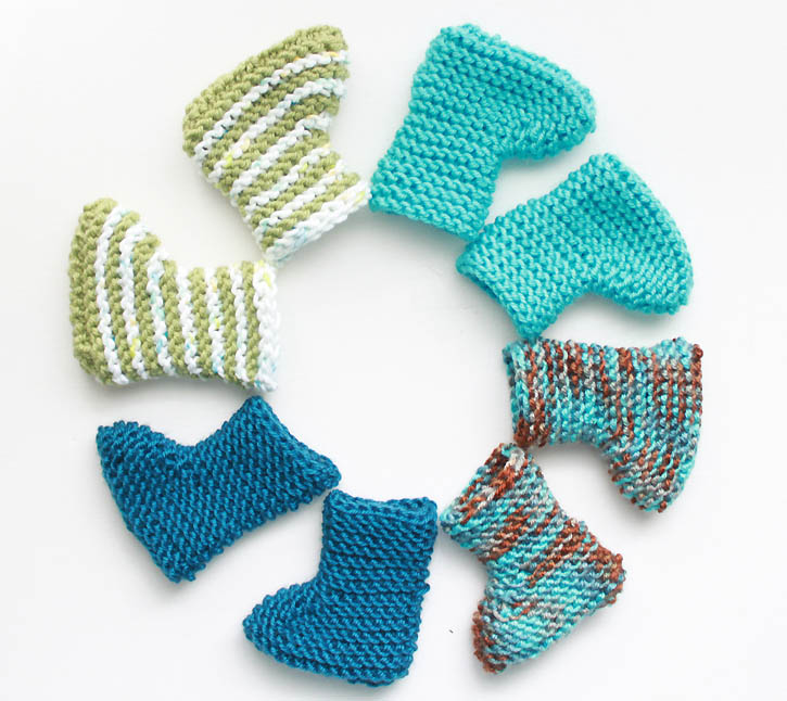 Knitting Pattern Baby Booties Free : Easy Newborn Baby Booties [knitting pattern] - Gina Michele