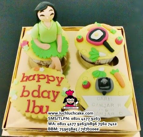 Cupcake Untuk Ulang Tahun Ibu Daerah Surabaya - Sidoarjo