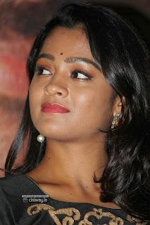 Gayathrie-Shankar-Stills-at-Rummy-Press-Meet