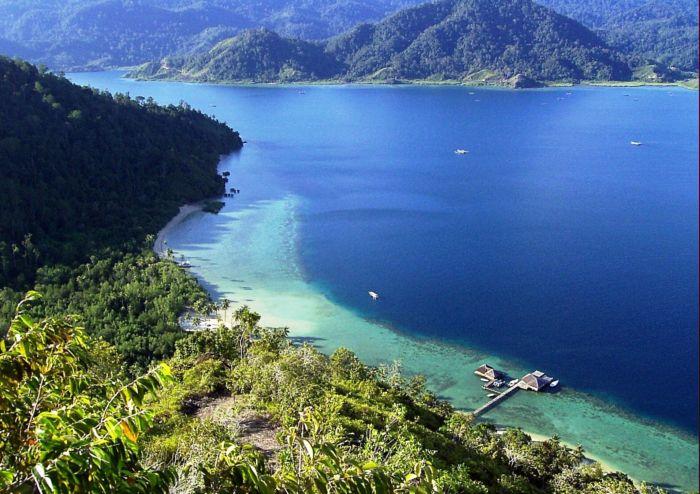 Happy Day: Menikmati Sunyi di Pulau Cubadak