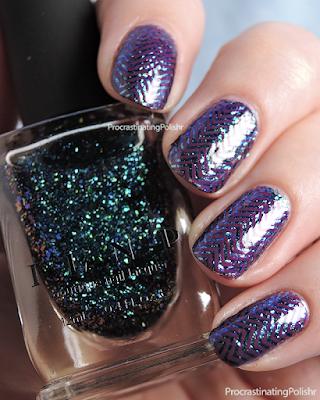 Chevron Pueen03 nail art - ILNP Cold Fusion