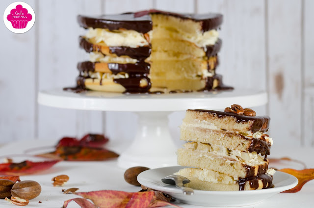 Gâteau nu à la banane, aux noix de pécan et au chocolat - Chocolate, Banana naked cake - Foodista #13