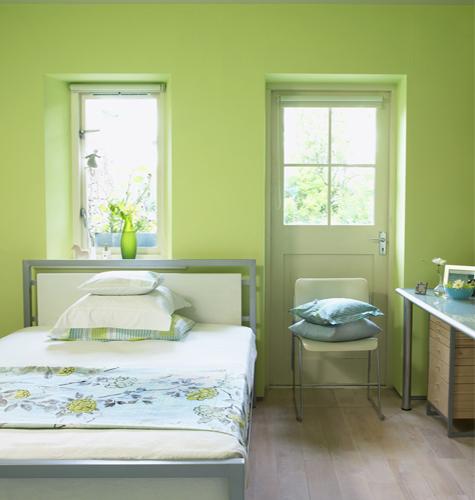 Quali colori scegliere per arredare e tinteggiare la - Pittura per pareti camera da letto ...