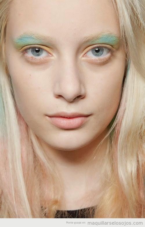 tendencias maquillaje ojos amarillos