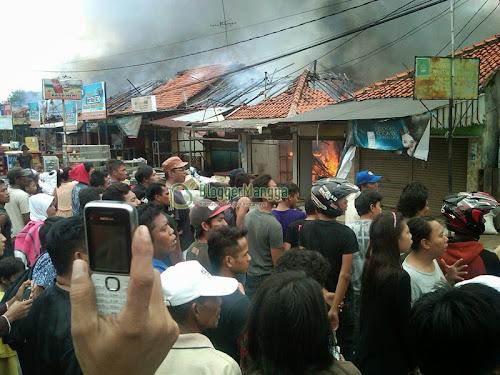 foto kebakaran pasar kertasemaya 1