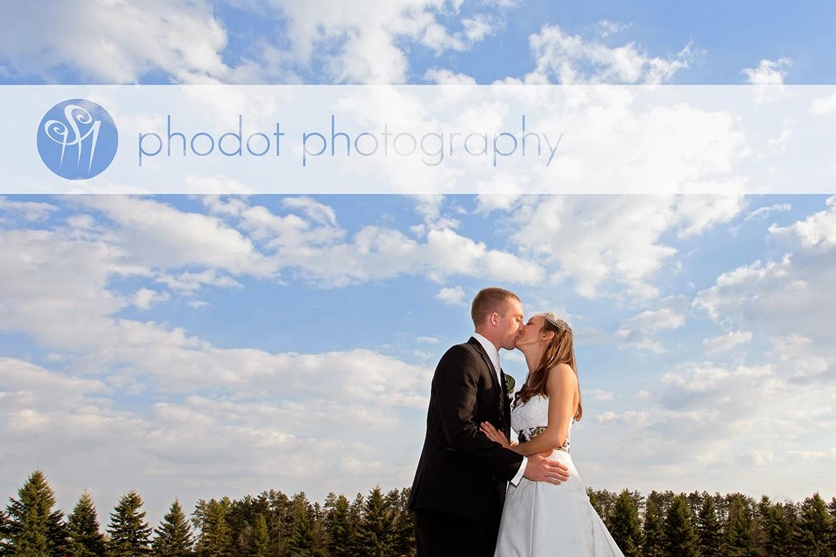 Phodot Photography Studio Blog Greenfield Minnesota Wedding Photography At Salem Lutheran