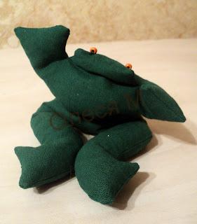 Как сшить лягушку