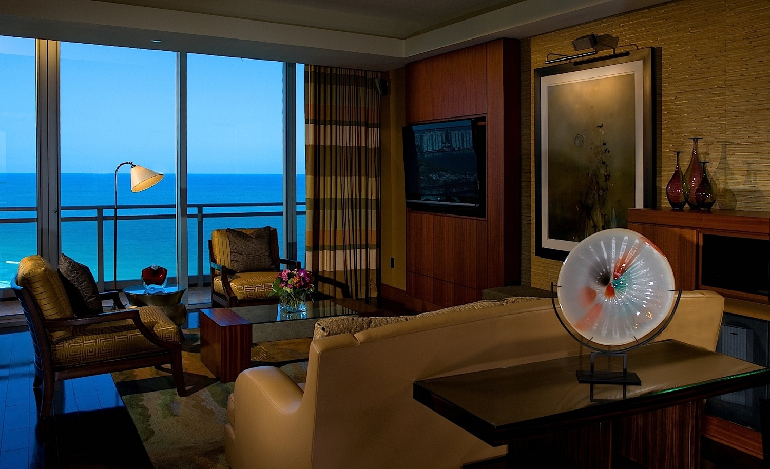 Passion for luxury one bal harbour miami luxury resort Living room bar w hotel miami