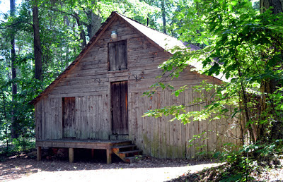 Stately Oaks Plantation, Barn