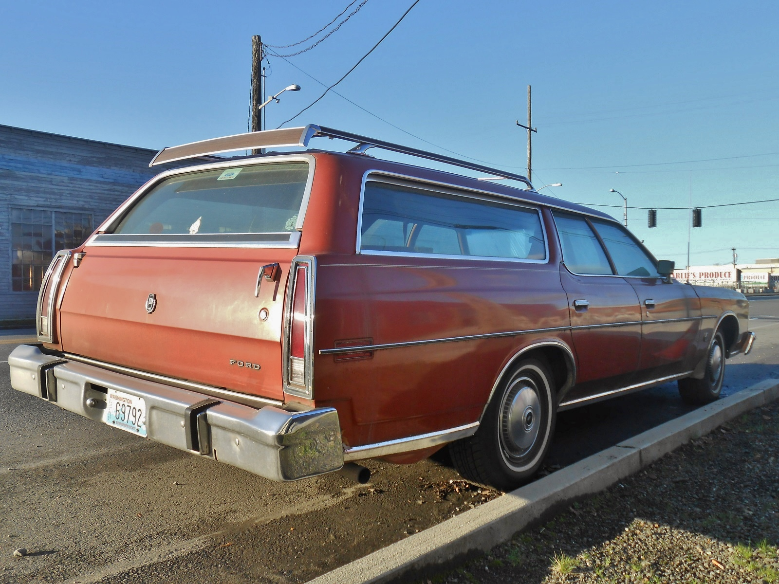 Seattle 39 s parked cars 1973 ford ltd wagon