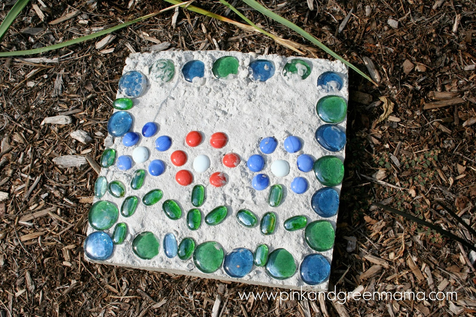 Pink and green mama daddy camp kid friendly cement - Yard stepping stone ideas ...