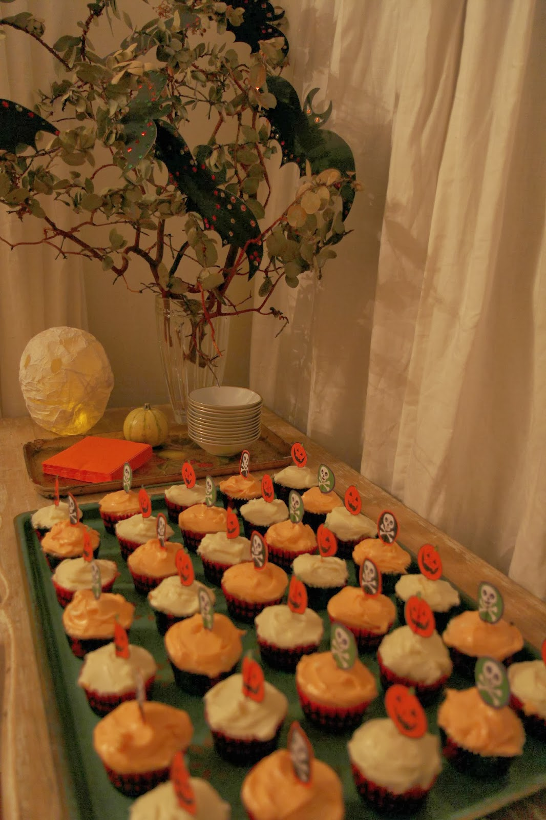 Pumpkin Cupcakes - Spooky Glam Halloween Party