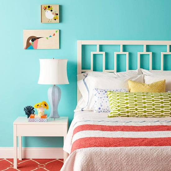 Ideas For Bedrooms: Bedroom In Red And Turquoise
