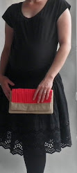 Clutch a Bright Bag