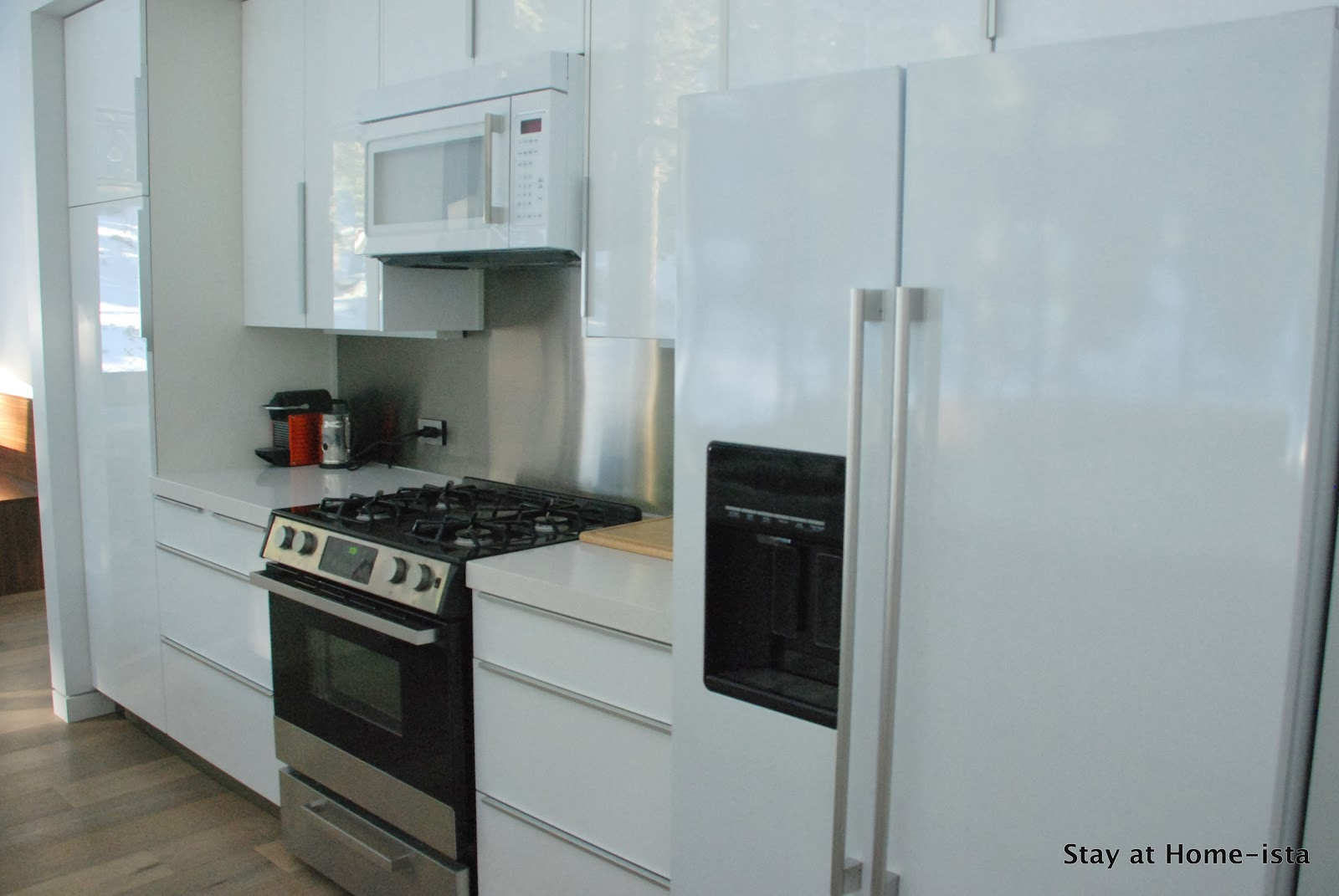 Stay at Home-ista: Ikea Kitchen Reveal- Modern Vacation House