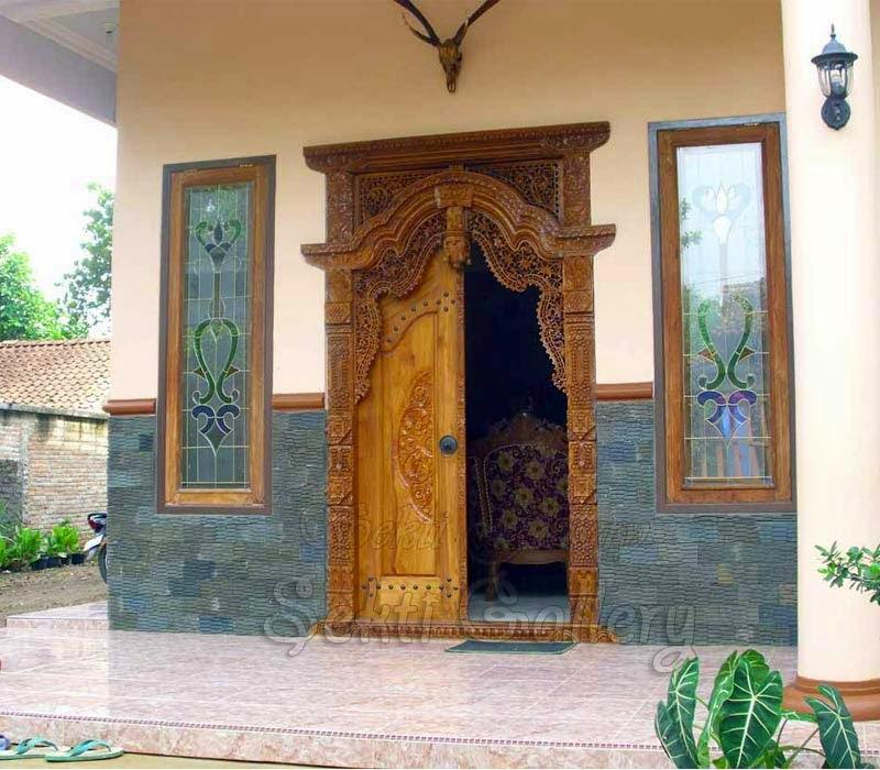 pintu gebyok ukir