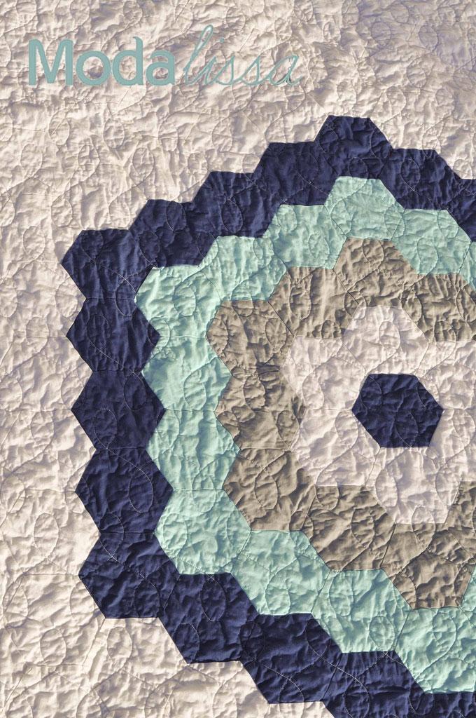Moda's New Precut: Honeycombs + A Quilt Â« Moda Bake Shop : honeycomb quilt - Adamdwight.com