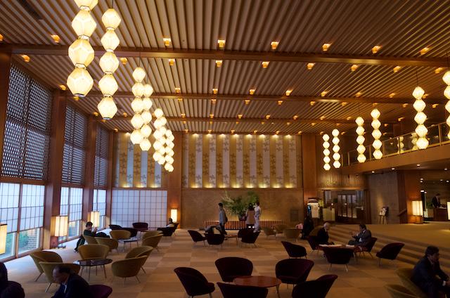 Lobby-Hotel-Okura-Tokyo