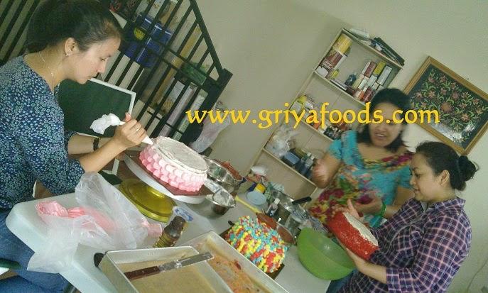 ... bikin masakan, pelatihan bikin kue, pelatihan untuk usaha kecil