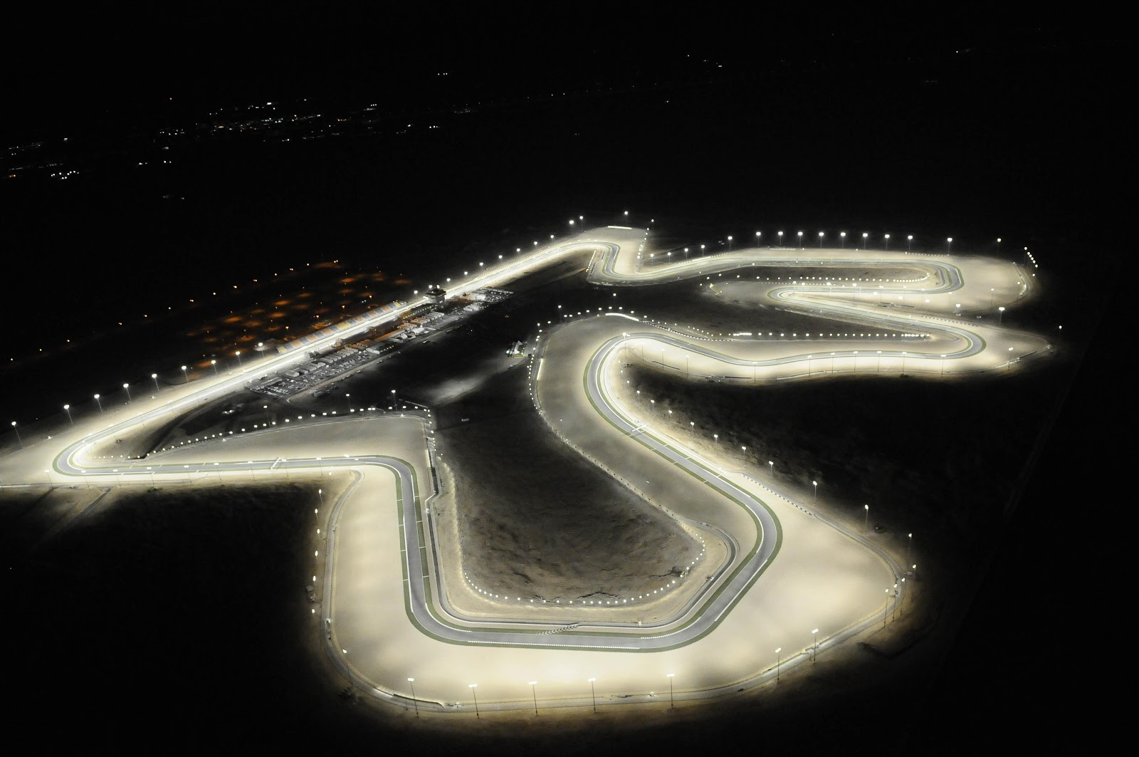 Motoblogn: Motoblogn's 2013 MotoGP Race Track Google Map Views - Races 1 Thru 9