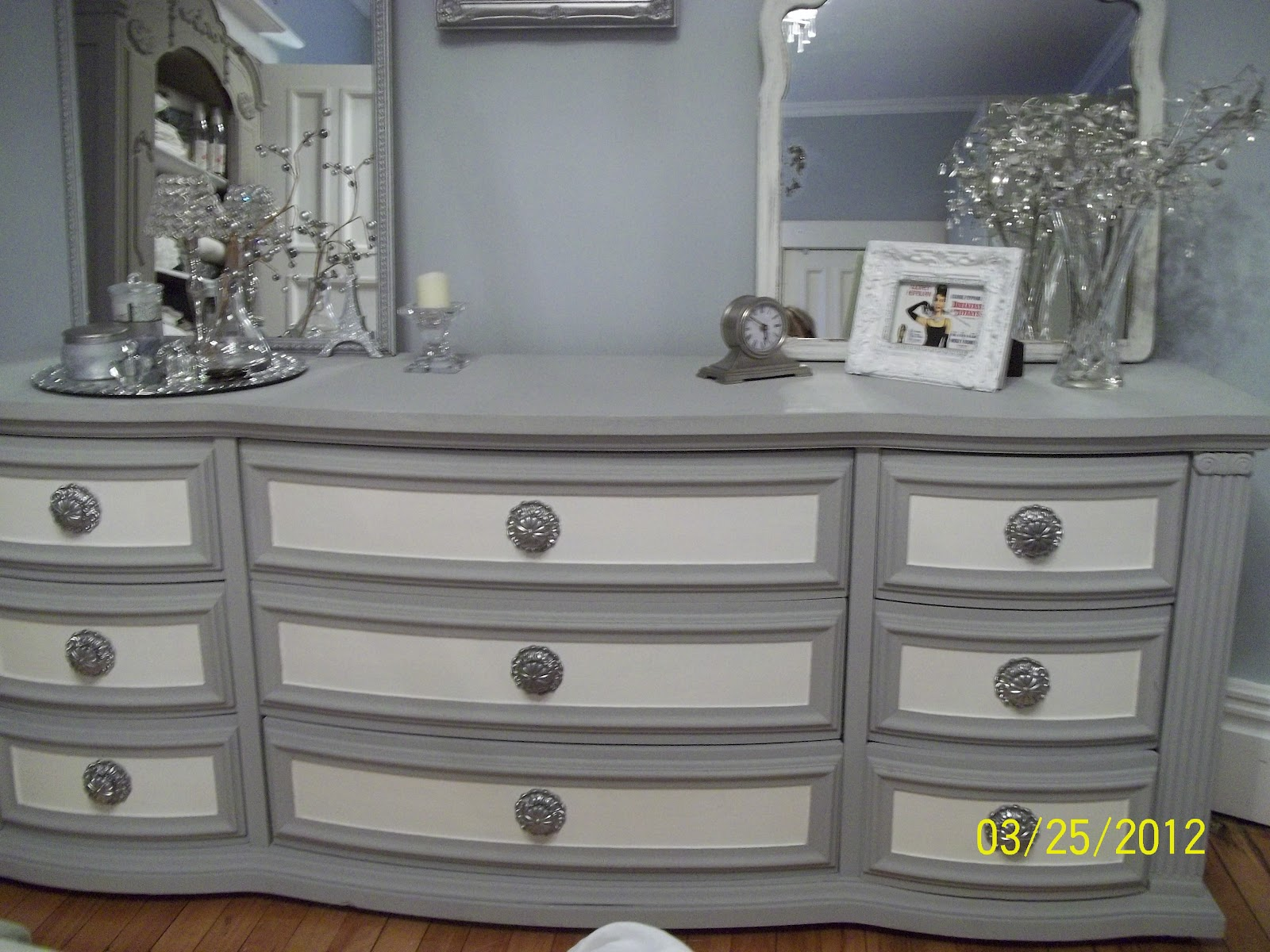 Shades of amber annie sloan chalk paint link party Best color to paint dresser