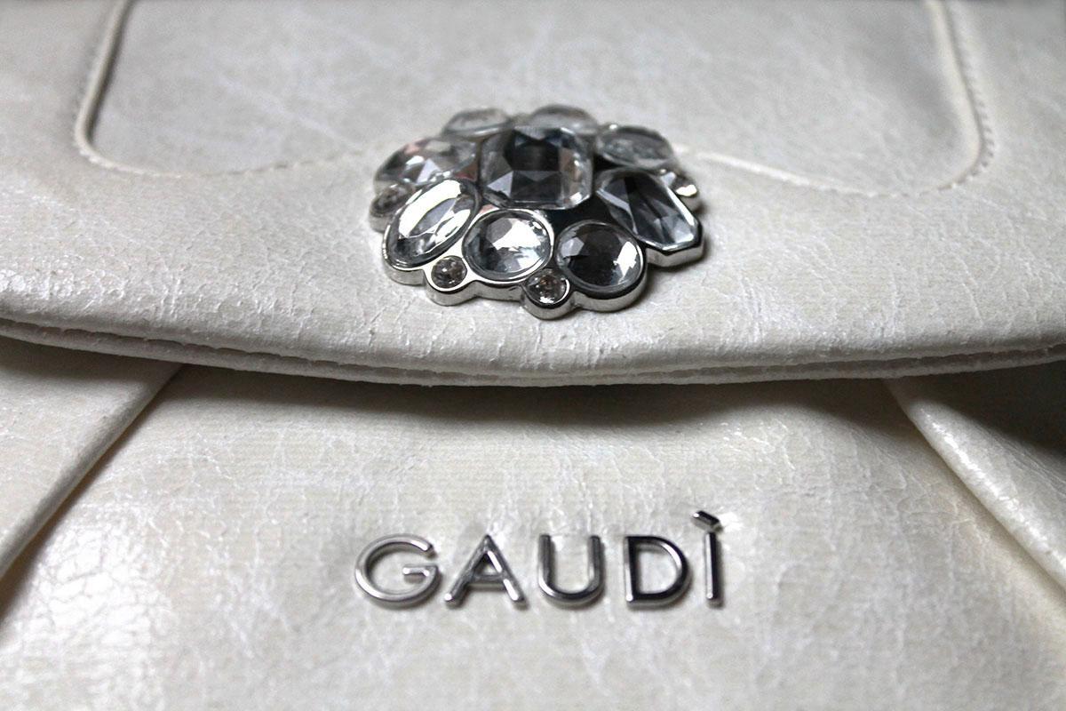 Gaudi, sling bag