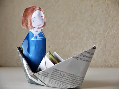 Fabriquer le bateau en papier de Mademoiselle Sel (Des ronds dans l'O)