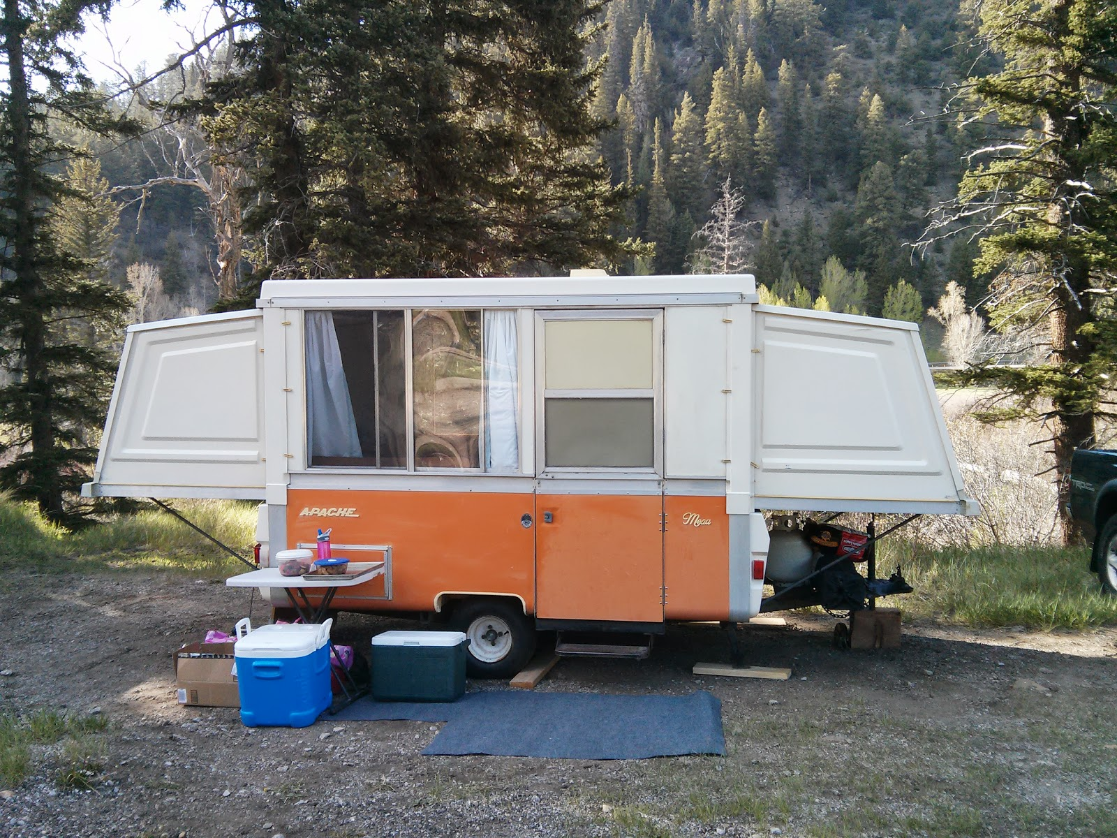 1976 Apache Mesa Camper, orange hard side