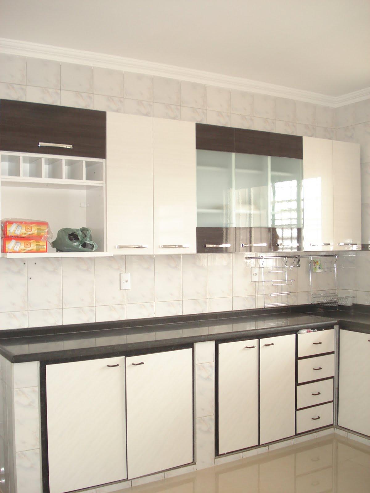 #B32218  de cima na Marabraz e acabou combinando perfeitamente com a cozinha 1200x1600 px Armario De Cozinha Compacta Marabraz_1489 Imagens