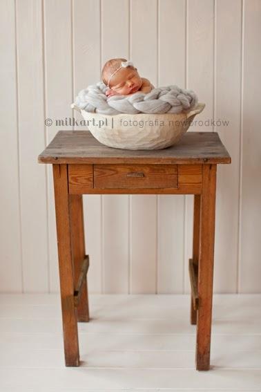 sesja fotograficzna noworodka, zdjęcia noworodkowe, fotografia niemowlęca, profesjonalne sesje zdjęciowe dzieci w poznaniu