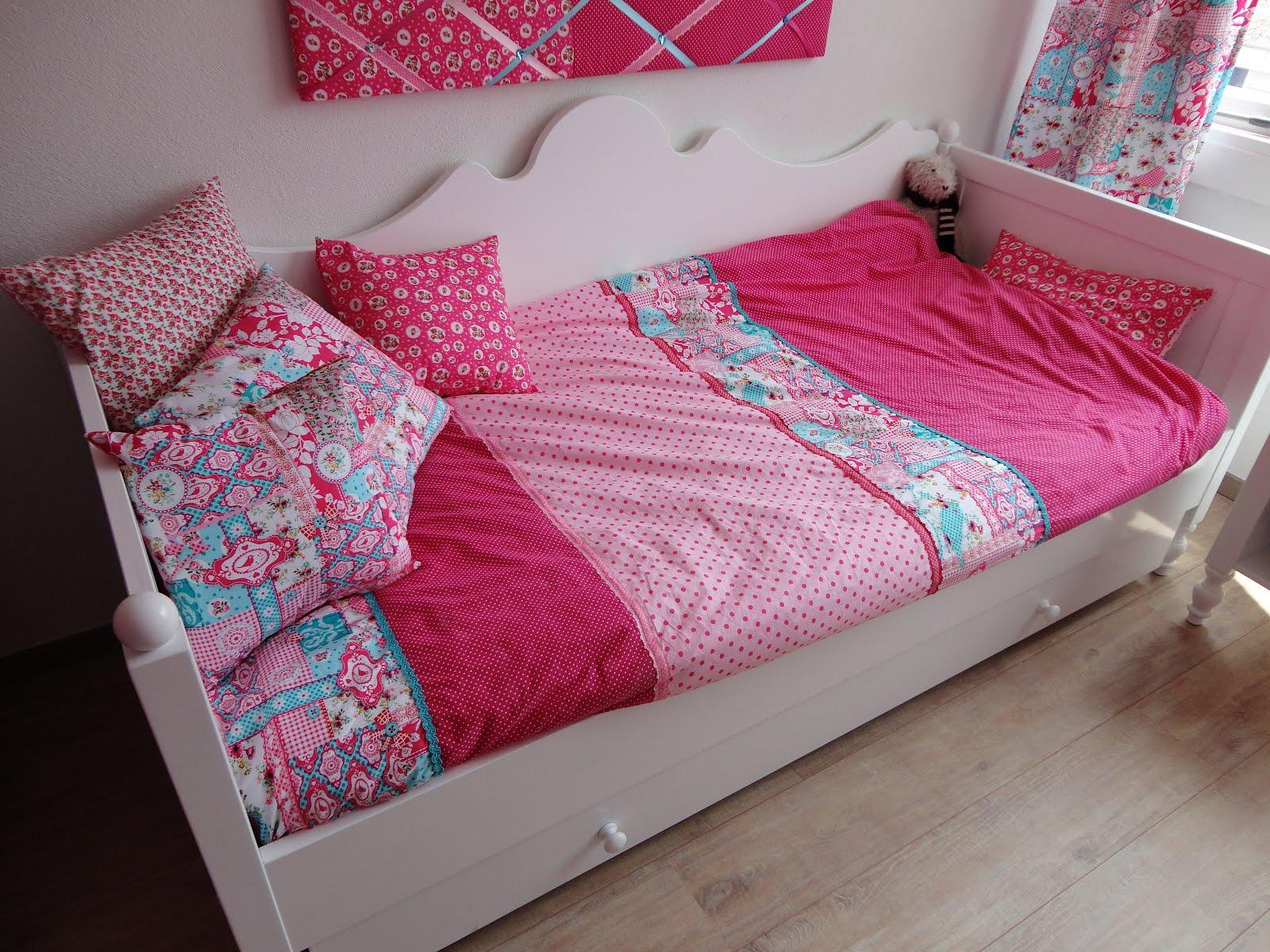 Danielle\'s creaties: Meisjeskamer voor Saartje