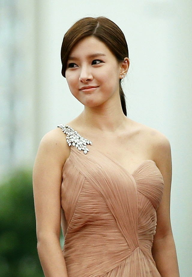 Kim So-eun (Hangul: 김소은, Hanja: 金昭誾) at the 18th Puchon International Fantastic Film Festival (PiFan) 2014