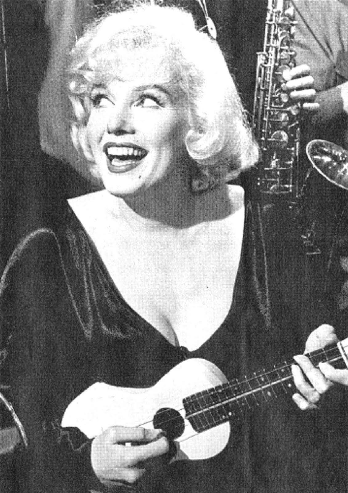 Citaten Marilyn Monroe Chord : Ukulele lessons haverfordwest guitar in