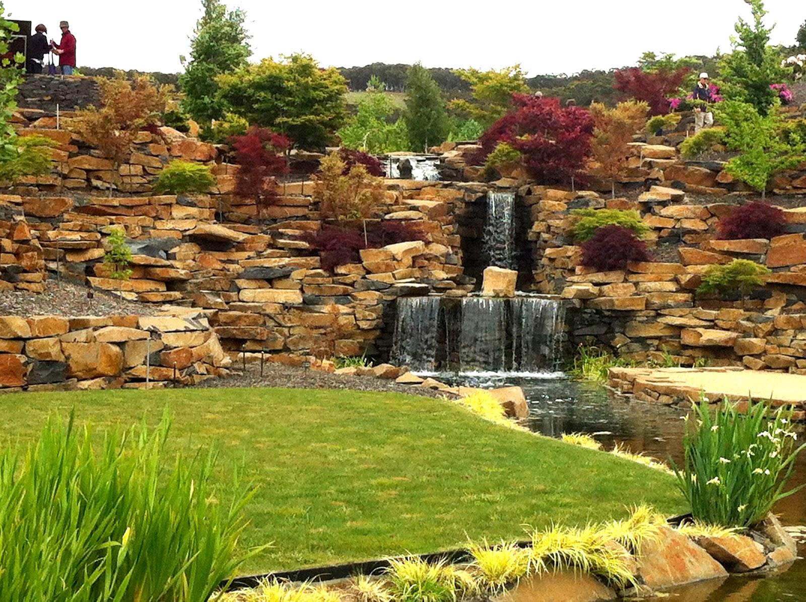 Gabriel\'s Garden: Mayfield Follies