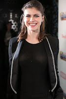 Alexandra Daddario red carpet dress