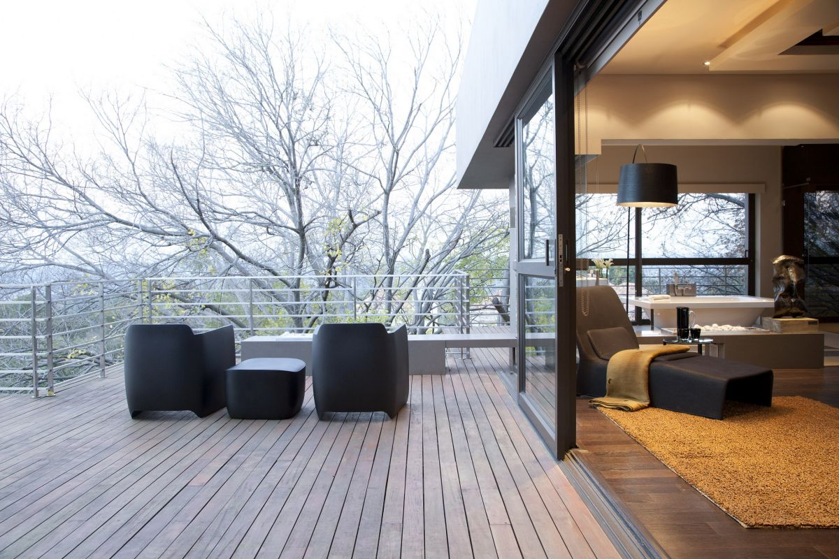 Millionaire luxury modern johannesburg residence designed for Terrace interior design ideas