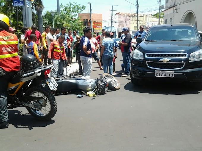 Vereador se envolve em acidente no centro de Caxias