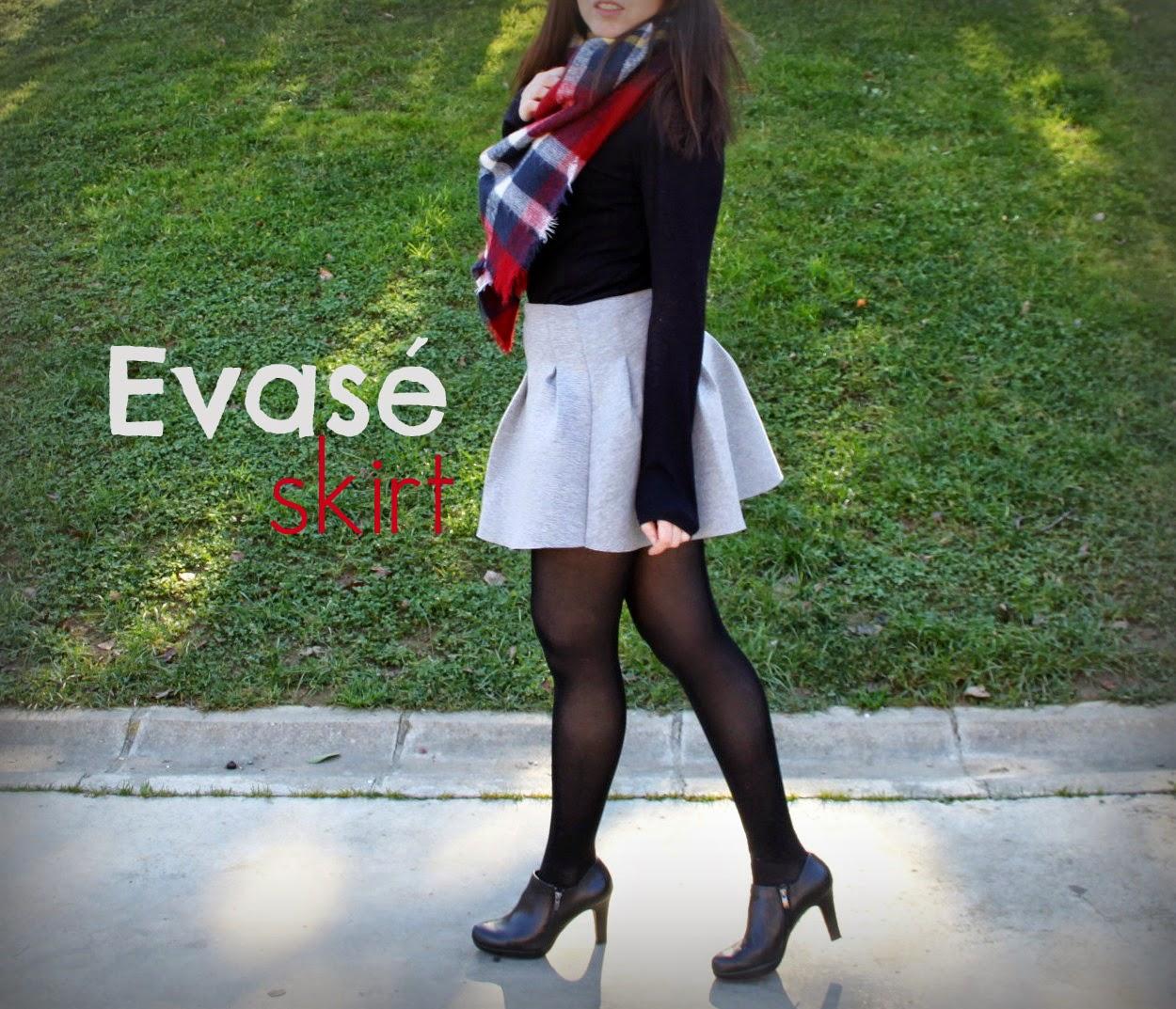 Evasé Skirt