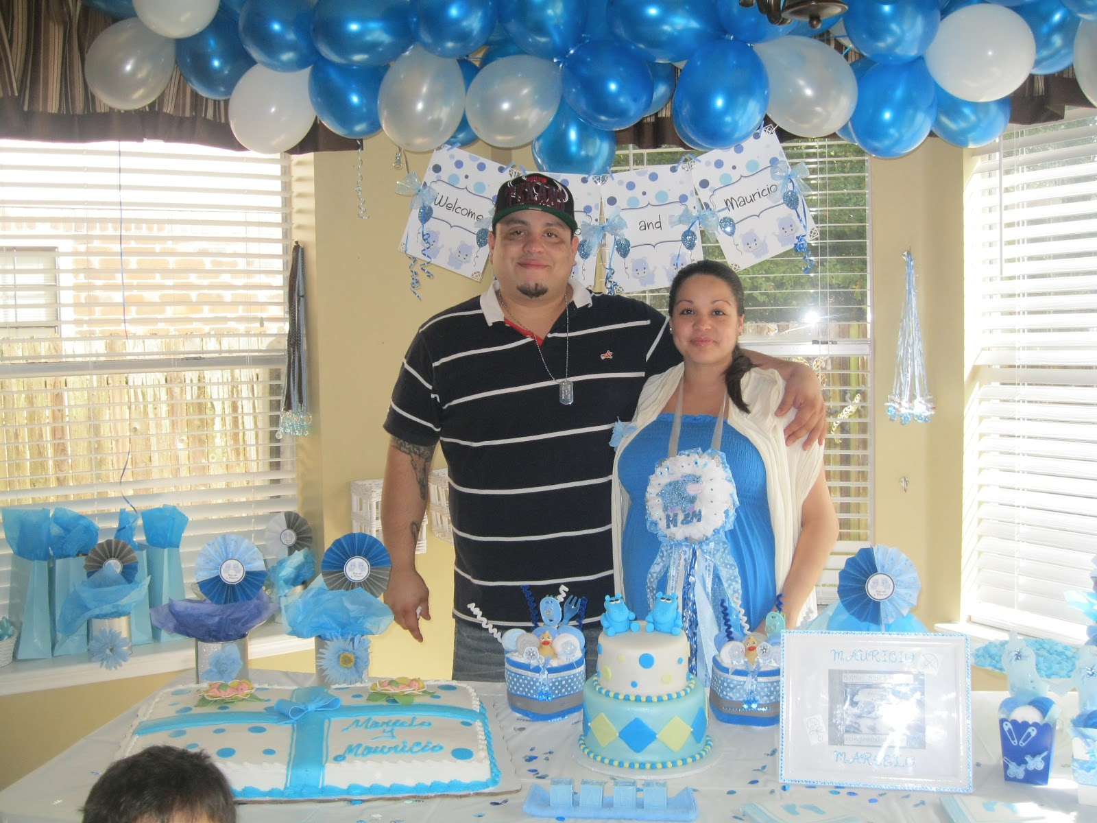 party planner decorator twin boys baby shower baby hippos theme
