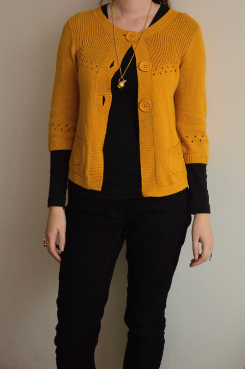 statement colour, style lesson, colour coordination, black, yellow, colourblocking