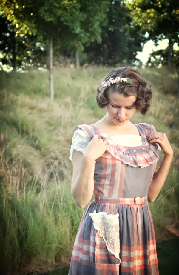 Outfit #1 of My Vintage Autumn Recap #vintage #fashion #1940s #plaid