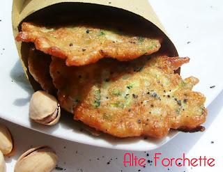finger food: frittelle di zucchine con pistacchi e menta