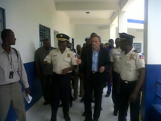 Inauguration du Commissariat Principal de Police de Ouanaminthe  %253D%253Futf-8%253FB%253FSU1HMDE3OTAtMjAxMTA4MDItMTE0OS5qcGc%253D%253F%253D-766553