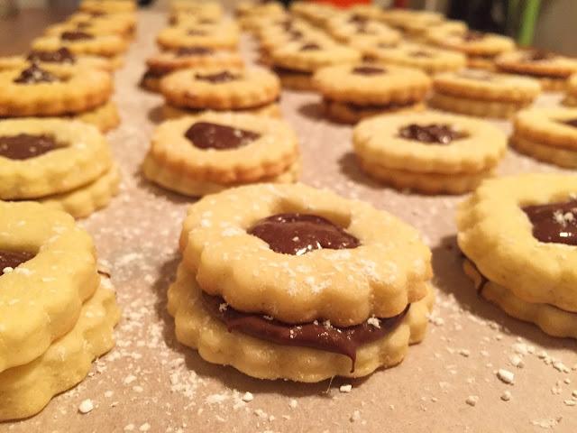 Spitzbuben mit Nutella