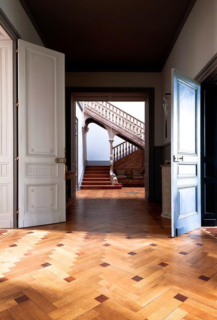 Amazing interior, wood floors, white stairway