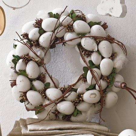 Coronas de Pascua con Huevos Reciclados