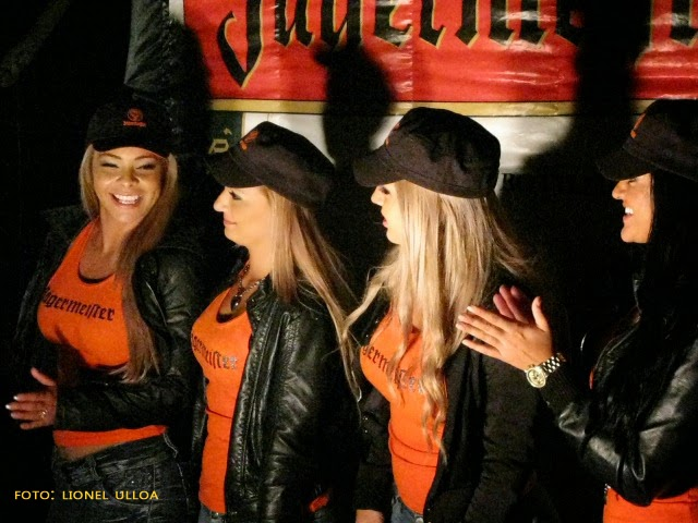 Chicas Jagermeister C. R.