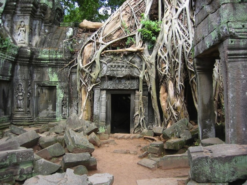 Angkor Wat, Cambodia - 30 Abandoned Places that Look Truly Beautiful