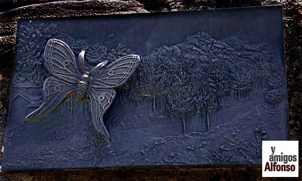 Monumento a la Mariposa - AlfonsoyAmigos
