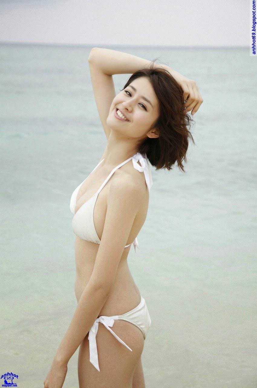 chinami-suzuki-01205338